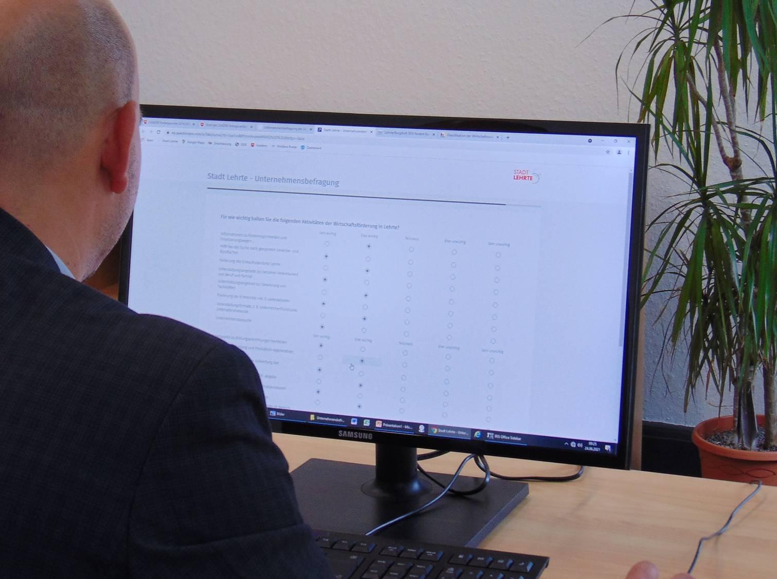 Website Unternehmensbefragung (Foto) ©Lilian Appel (Stadt Lehrte)